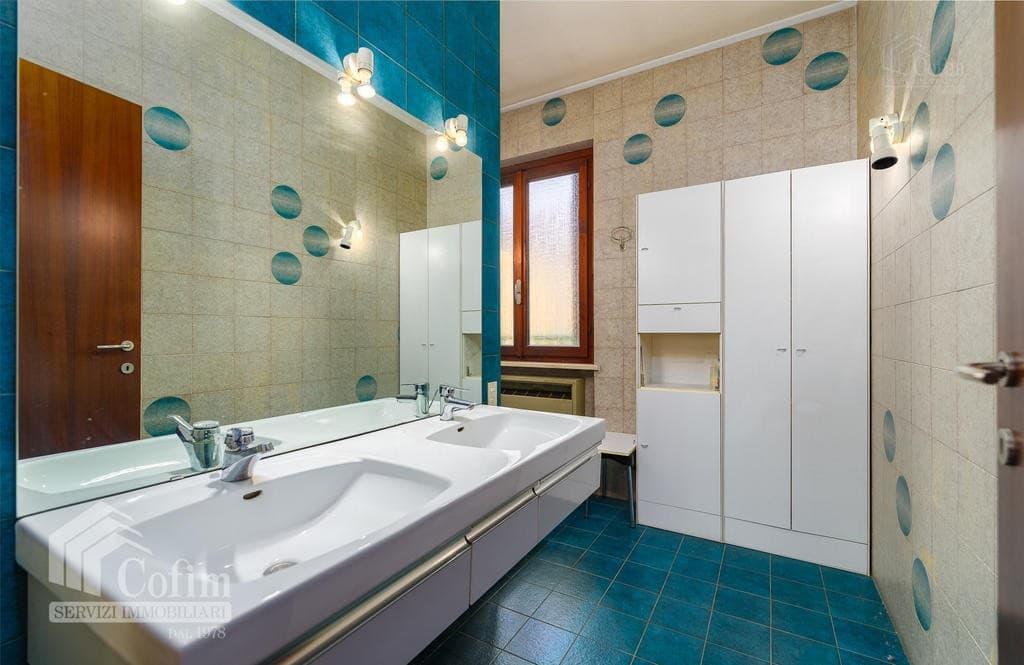Appartamento cinque locali ULTIMO PIANO in VENDITA in palazzo d'epoca Str.ne Porta Palio  Verona (Centro ) - 14