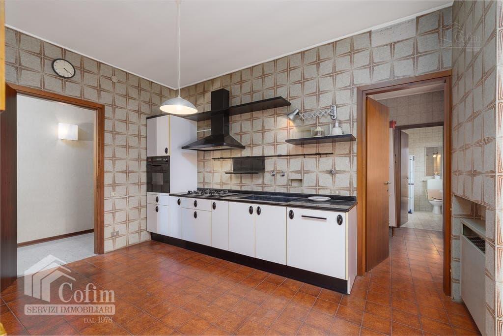 Appartamento cinque locali ULTIMO PIANO in VENDITA in palazzo d'epoca Str.ne Porta Palio  Verona (Centro ) - 18