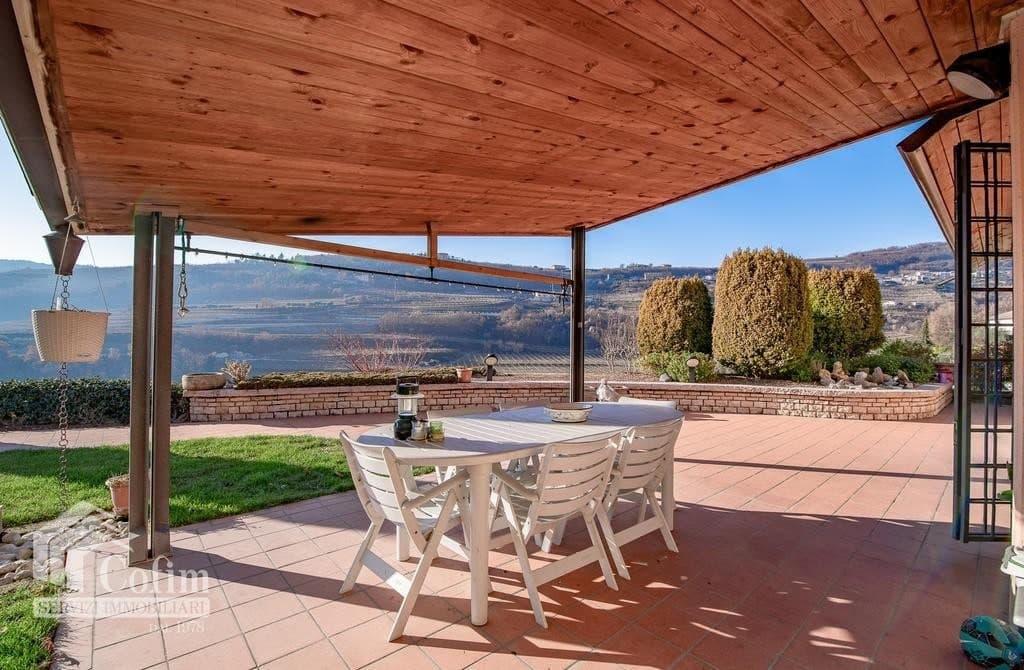 Villa bifamigliare elegante panoramica residenza in VILLA bifamiliare con GIARDINO   Negrar (Negrar) - 2