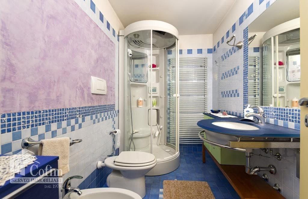Villa bifamigliare elegante panoramica residenza in VILLA bifamiliare con GIARDINO   Negrar (Negrar) - 16
