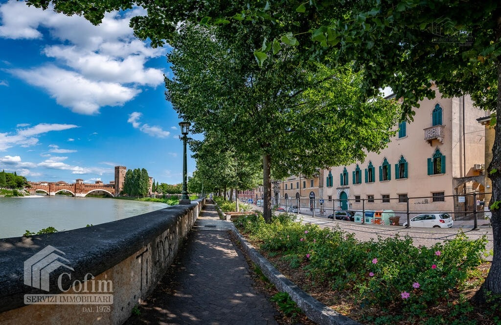 Five-rooms Apartment TOP FLOOR for SALE with two garage in REGASTE SAN ZENO  Verona (San Zeno) - 2