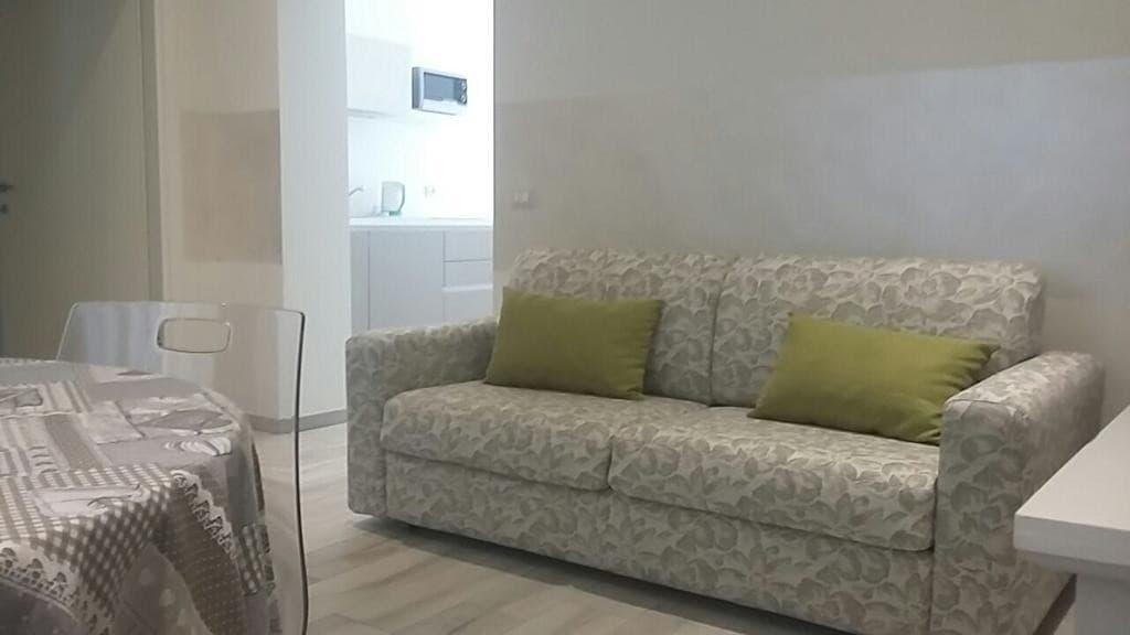 Appartamento bilocale ristrutturato ARREDATO e corredato, con ingresso indipendente  Verona (Borgo Trento) - 8