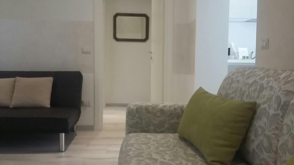 Appartamento bilocale ristrutturato ARREDATO e corredato, con ingresso indipendente  Verona (Borgo Trento) - 9