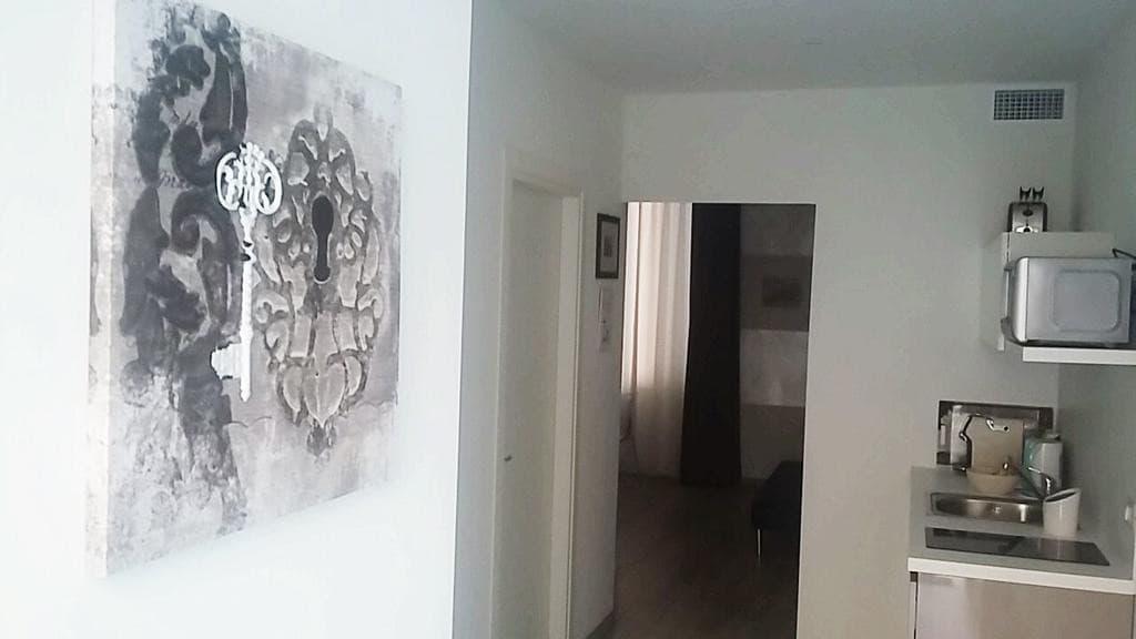 Appartamento bilocale ristrutturato ARREDATO e corredato, con ingresso indipendente  Verona (Borgo Trento) - 13