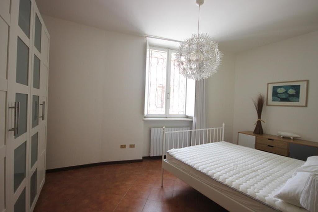 Appartamento quadrilocale ristrutturato ARREDATO in VENDITA in CENTRO v.ze PIAZZA BRA  Verona (Centro Storico) - 4
