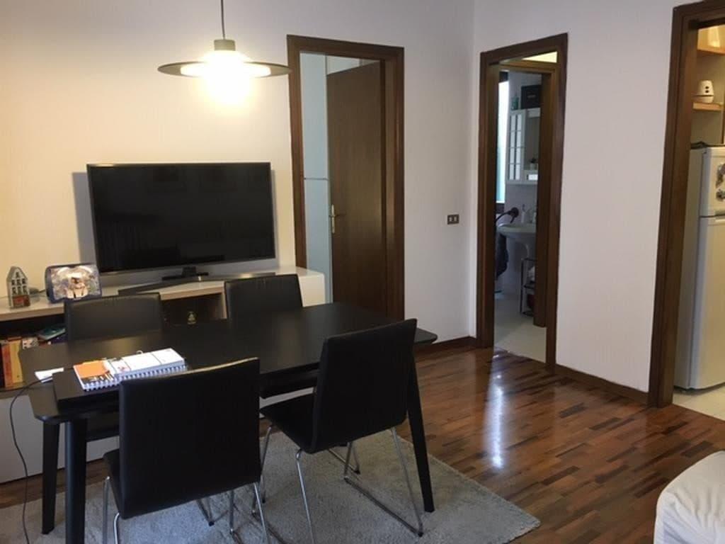 Appartamento trilocale LOCATO in VENDITA in palazzo d'epoca REGASTE SAN ZENO  Verona (San Zeno)
