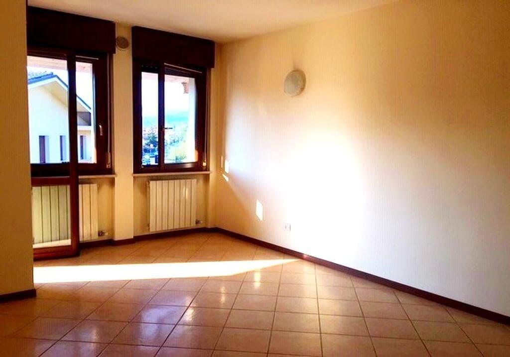Appartamento quadrilocale in AFFITTO, ultimo piano panoramico con TERRAZZO  Verona (Parona) - 5