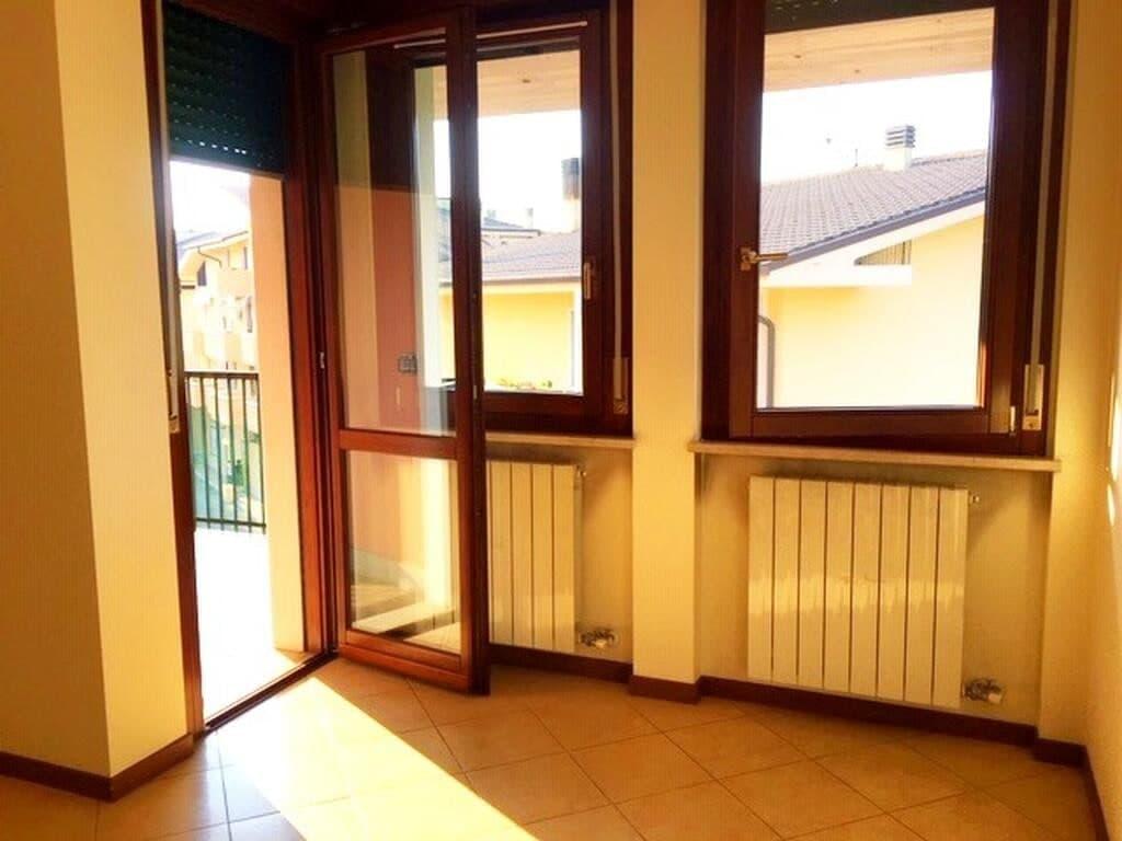 Appartamento quadrilocale in AFFITTO, ultimo piano panoramico con TERRAZZO  Verona (Parona) - 11
