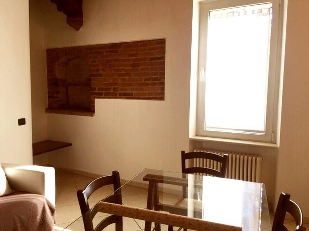 Two-rooms Apartment for RENT refurbished and FURNISHED Porta Palio  Verona (San Zeno) - 2