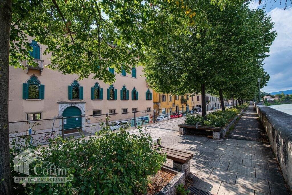 Casa indipendente con garage in Regaste San Zeno  Verona (San Zeno)