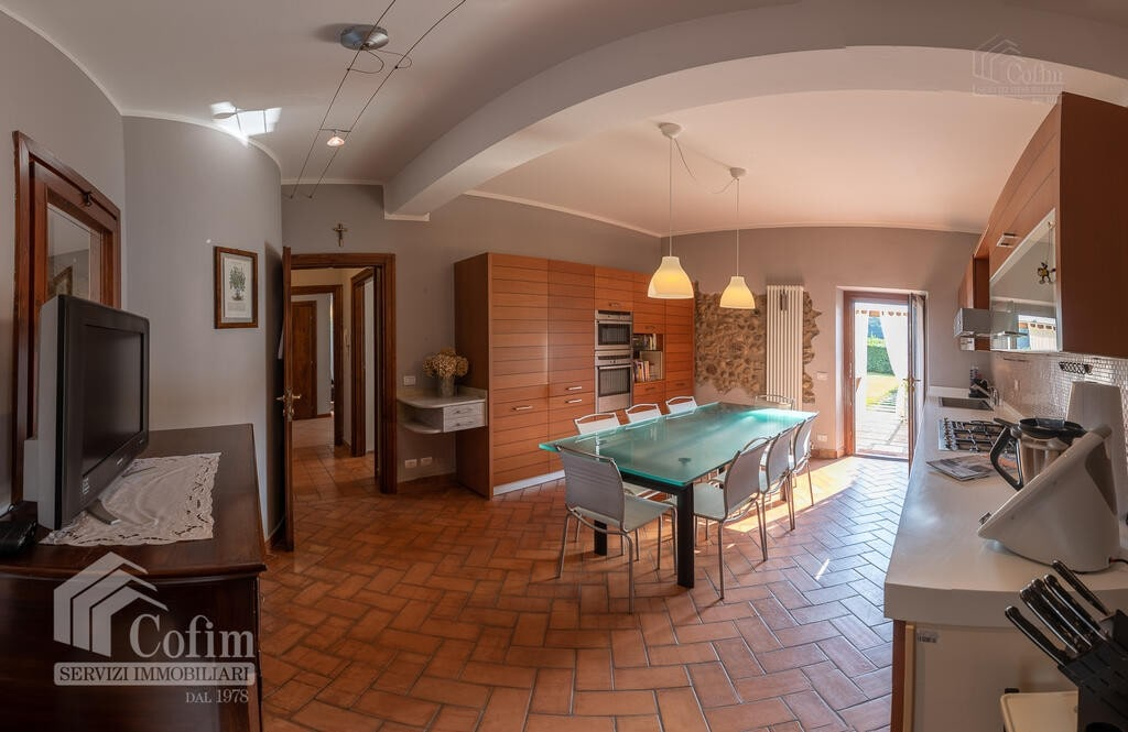 Cottage in an historic court with panoramic view  Lazise - 5
