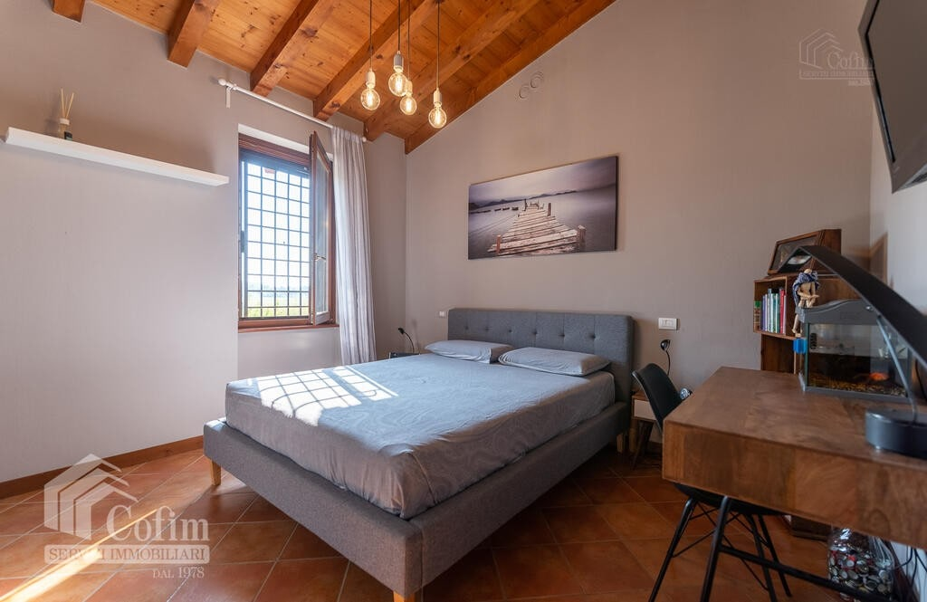 Cottage in an historic court with panoramic view  Lazise - 11