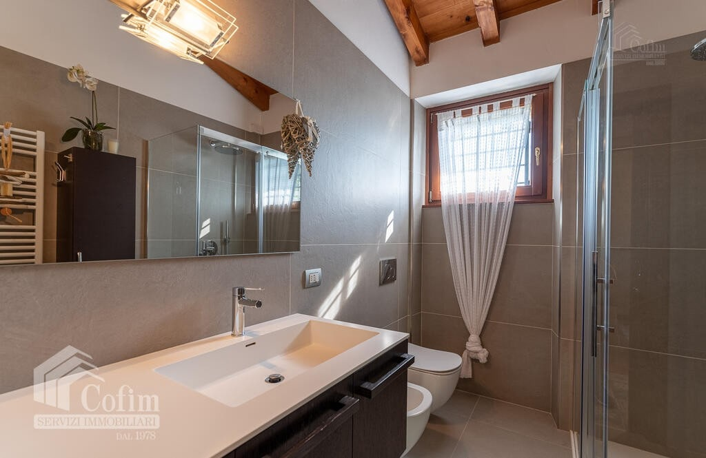 Cottage in an historic court with panoramic view  Lazise - 12