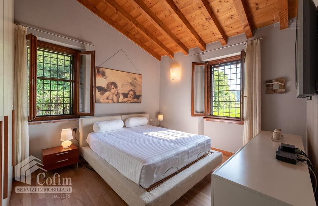 Cottage in an historic court with panoramic view  Lazise - 13