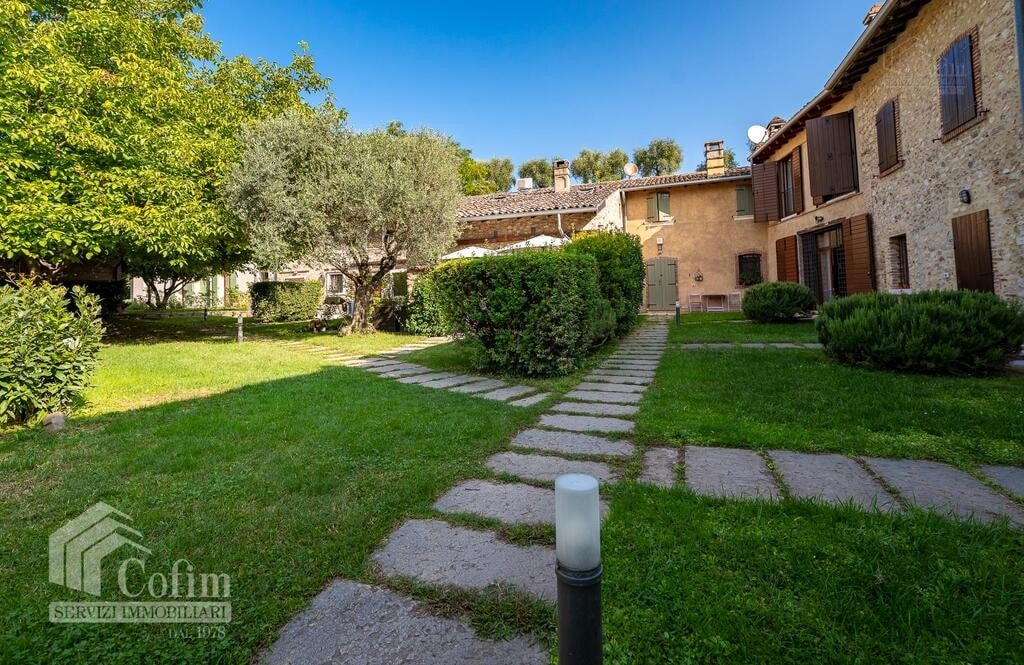 Cottage in an historic court with panoramic view  Lazise - 2
