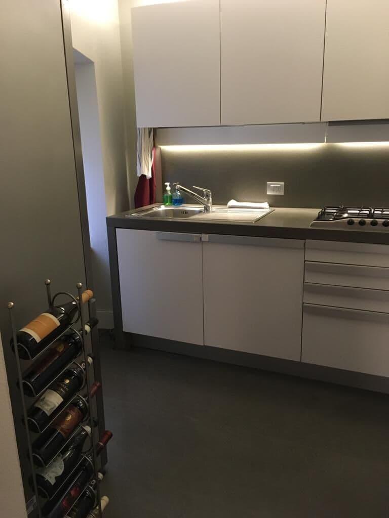 Appartamento quadrilocale ristrutturato ARREDATO lusso in AFFITTO V.ze Mazzini con garage  Verona (Centro Storico) - 4