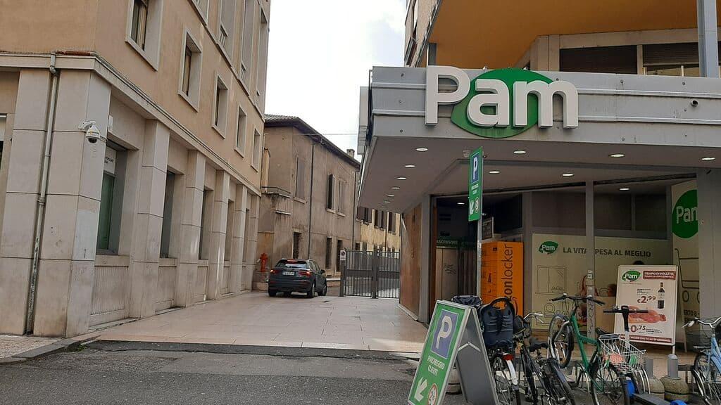 Ufficio in AFFITTO con posto auto vicinanze Pizza Bra  Verona (Centro ) - 2