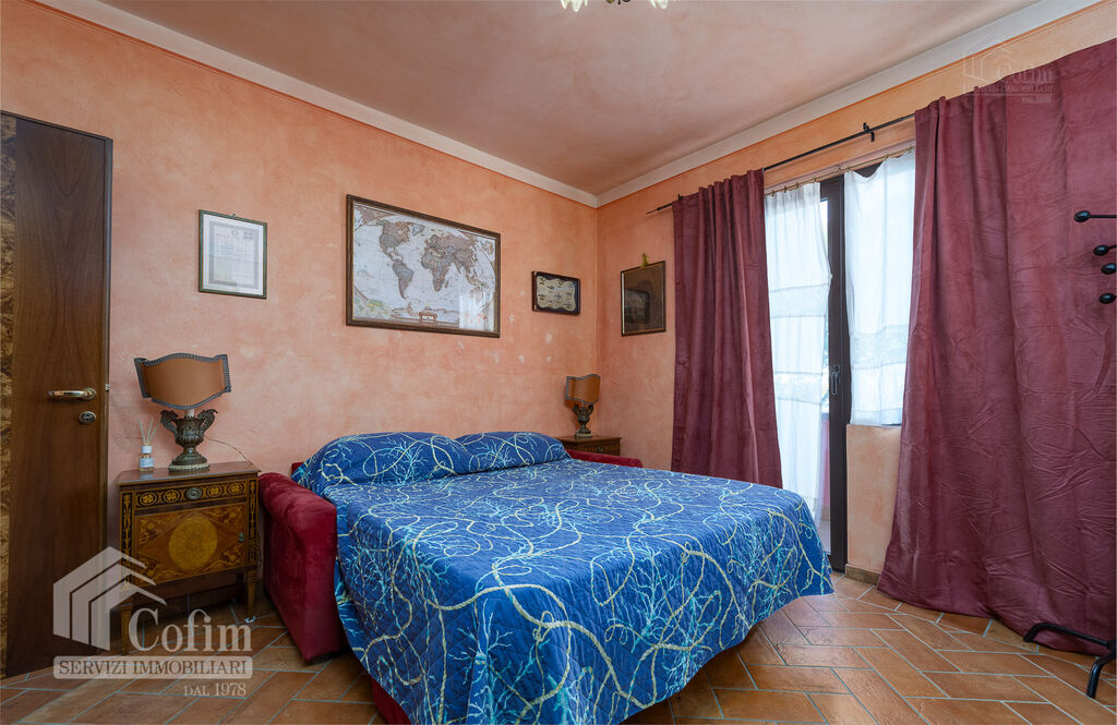 Five-rooms Apartment with terrace and roof garden, near the Lake   Sirmione - 10