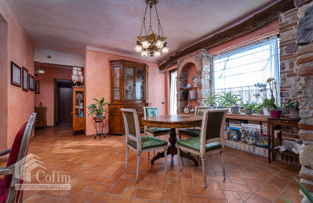 Five-rooms Apartment with terrace and roof garden, near the Lake   Sirmione - 4