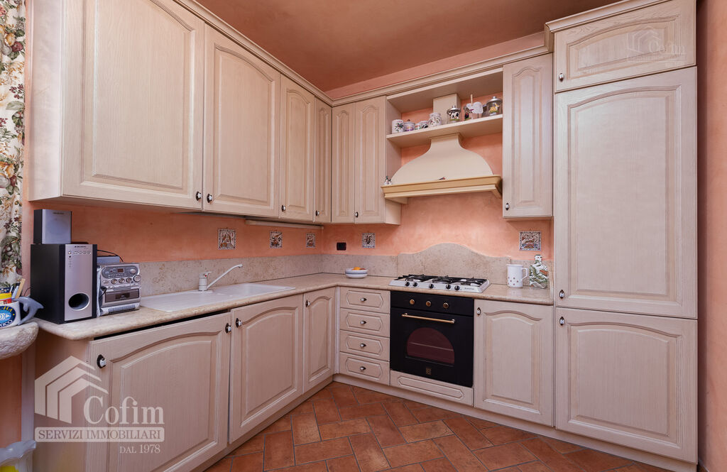 Five-rooms Apartment with terrace and roof garden, near the Lake   Sirmione - 7