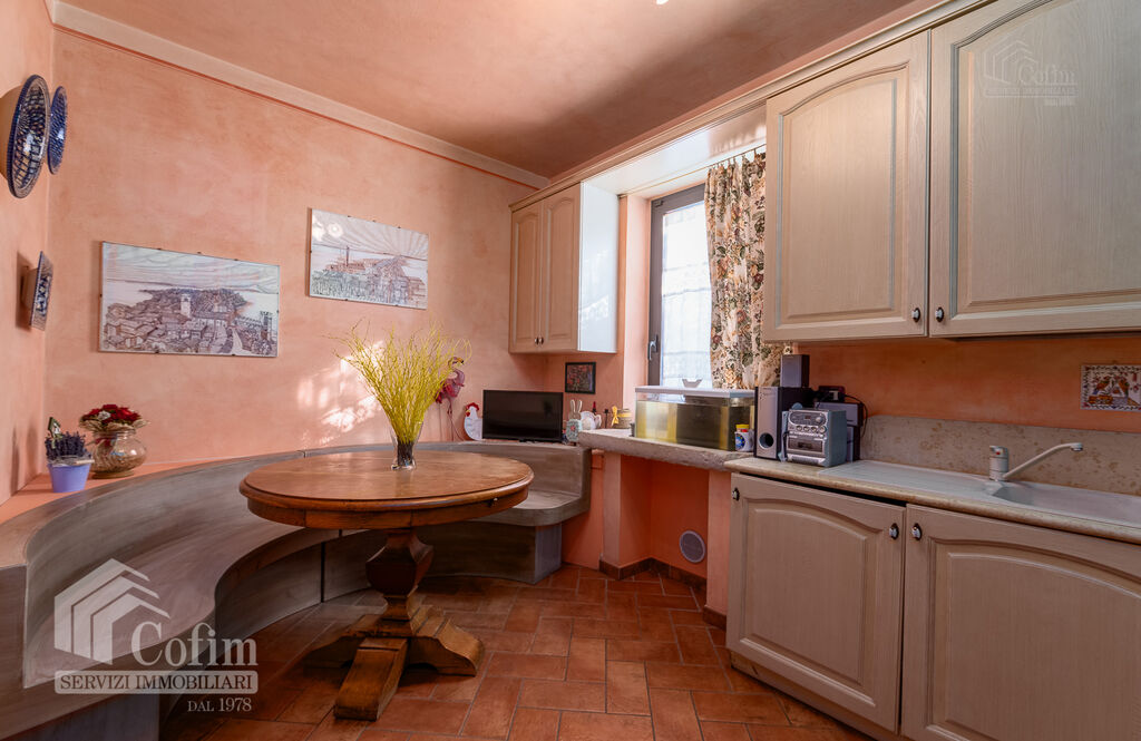 Five-rooms Apartment with terrace and roof garden, near the Lake   Sirmione - 8