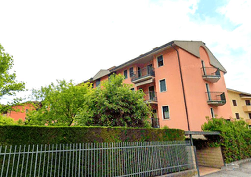 Three-rooms Apartment for RENT, top floor panoramic with TERRACE  Verona (Parona) - 4