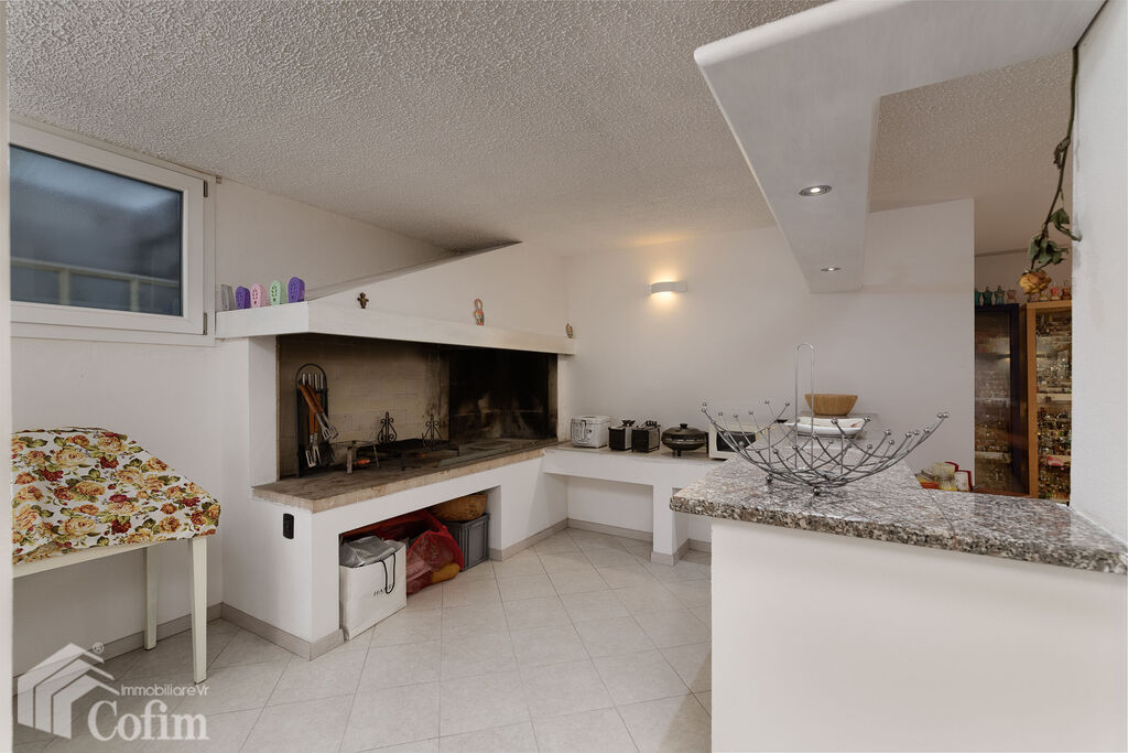 Villa with garden, wonderful, ample sqm, for SALE  Pedemonte (San Pietro in Cariano) - 15