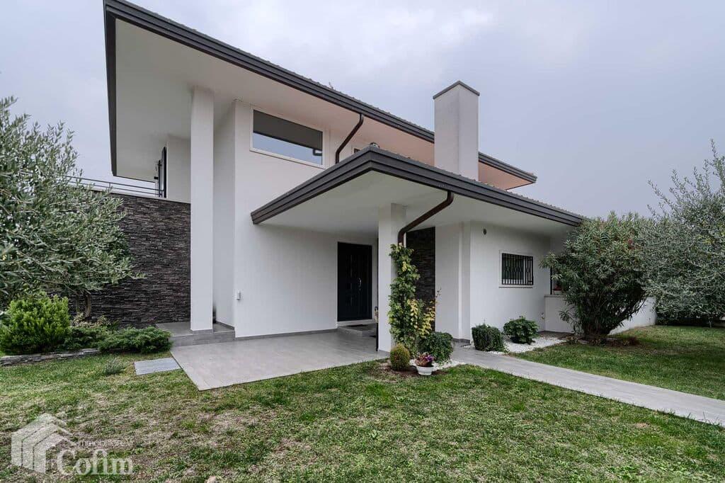 Villa with garden, wonderful, ample sqm, for SALE  Pedemonte (San Pietro in Cariano) - 19