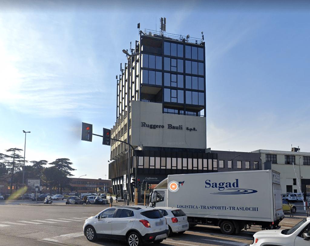 Ufficio in affitto in palazzo direzionale   Verona (Zai)