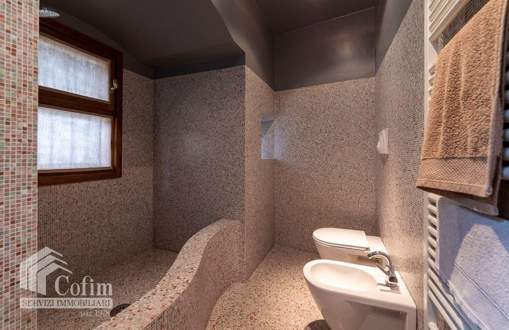 Appartamento di lusso RISTRUTTURATO e arredato in VENDITA v.ze PIAZZA ERBE  Verona (Centro Storico) - 5