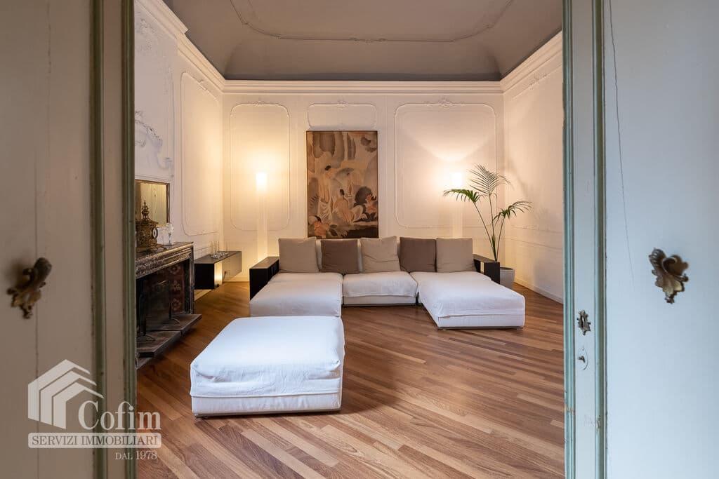 Appartamento di lusso RISTRUTTURATO e arredato in VENDITA v.ze PIAZZA ERBE  Verona (Centro Storico) - 9