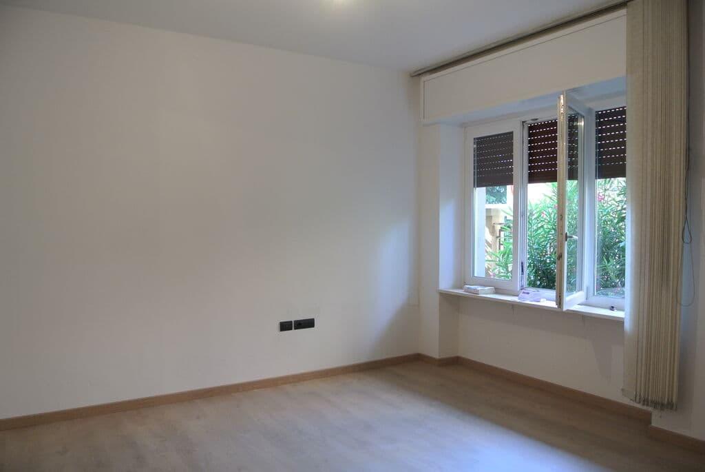 Four-rooms Apartment recently refurbished, for SALE near Lungadige Cangrande  Verona (Borgo Trento) - 4