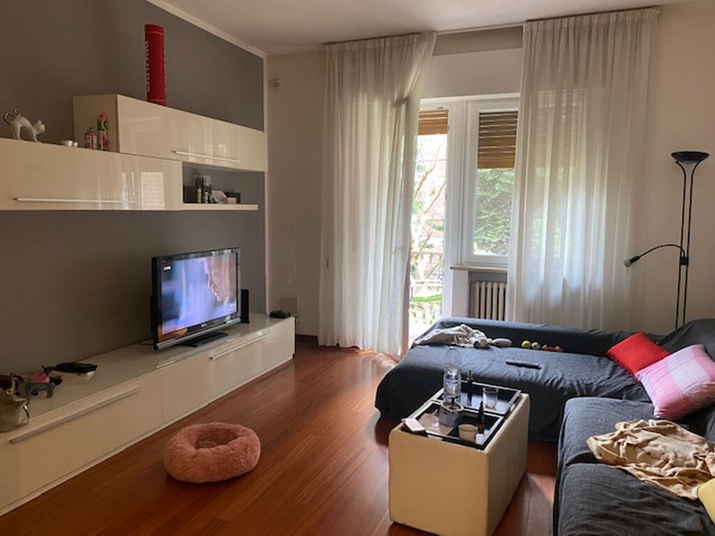 Appartamento quadrilocale v.ze SAN ZENO con GARAGE  Verona (Navigatori)