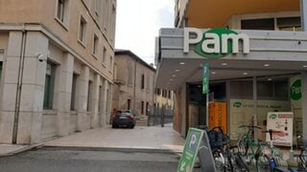 Garage close to Piazza Bra   Verona (Centro ) - 2