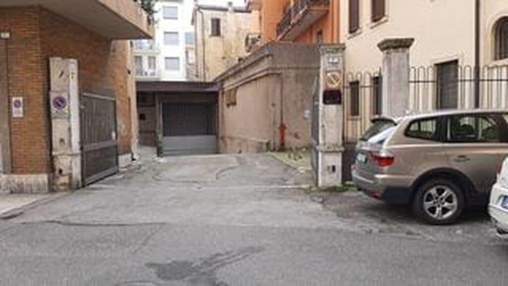 Garage close to Piazza Bra   Verona (Centro ) - 4