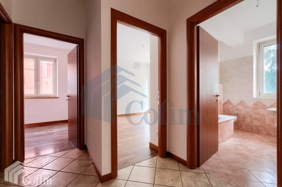 Appartamento trilocale con garage Verona (Navigatori)
