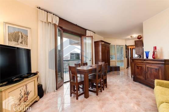 Appartamento quadrilocale in VENDITA, SIGNORILE Verona (Borgo Venezia)