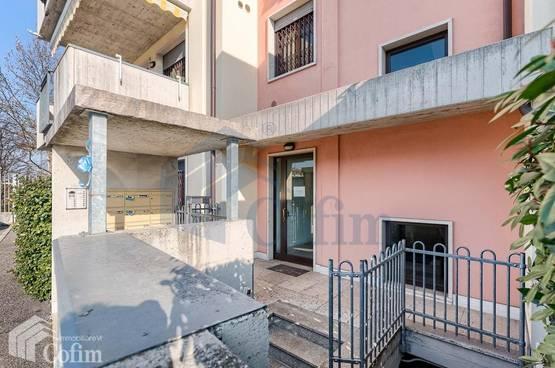 Two-rooms Apartment Verona LS1266