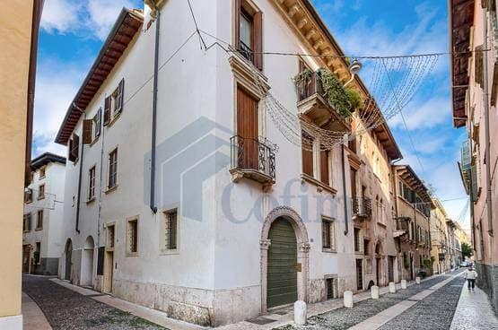 Appartamento trilocale Verona SA1248
