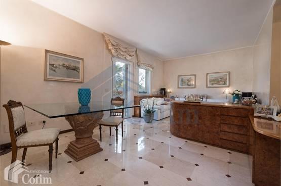 Villa bifamigliare Pescantina LS1299