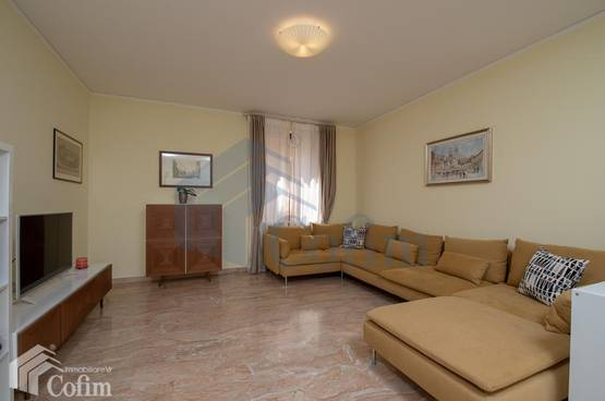Four-rooms Apartment elegant FOR SALE near VIA MAZZINI, PIAZZA ERBE, PORTA BORSARI Verona (Centro Storico)