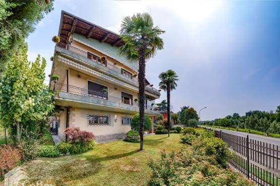 Appartamento cinque locali con terrazze vista Adige Verona (Borgo Trento)