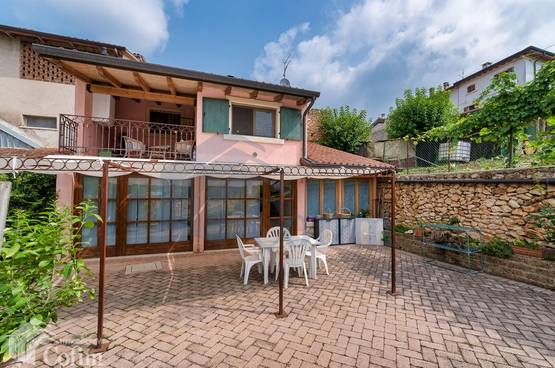 Cottage with land of 1000 sqm Verona (Quinzano)