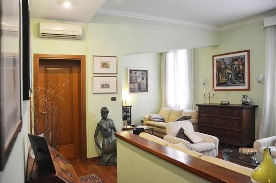 Five-rooms Apartment Verona LS1454