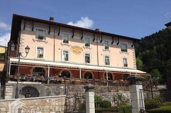 Albergo Ferrara di Monte Baldo MA1455