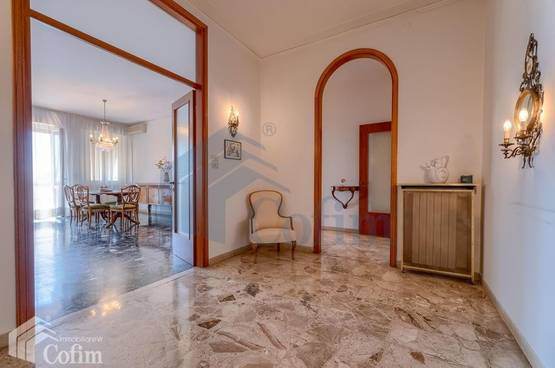 Five-rooms Apartment Verona LS1505