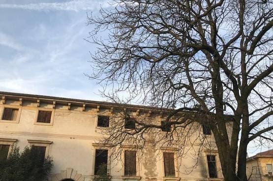 Villa d'epoca Sona MM1550