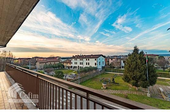 Five-rooms Apartment Sommacampagna LS1547