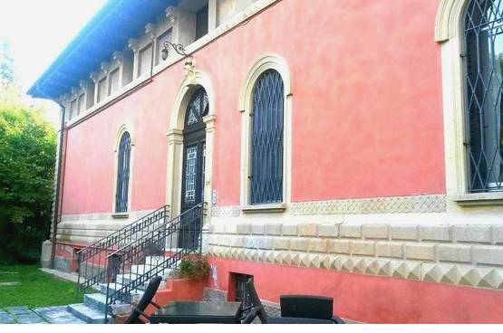 Villa bifamigliare in VENDITA ampia metratura CON TERRAZZO e GIARDINO privato Verona (Valdonega)