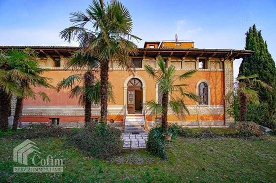 Villa bifamigliare Verona LS1558